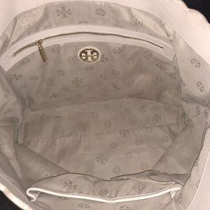 652d99a24514 Tory Burch Bags - Tory Burch Kelsey Laser-Cut East-West Tote